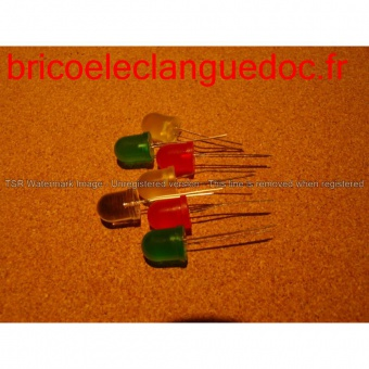 Code EL 071 Led 10 mm vendues par trois